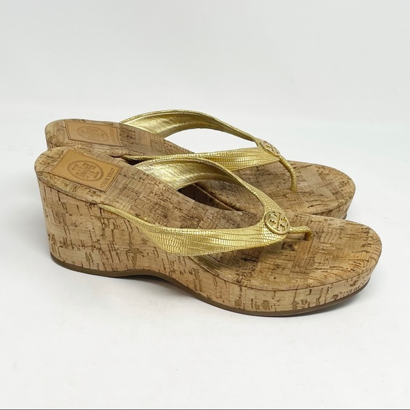 TORY BURCH Women's SUZY Cork Wedge Gold Reptile